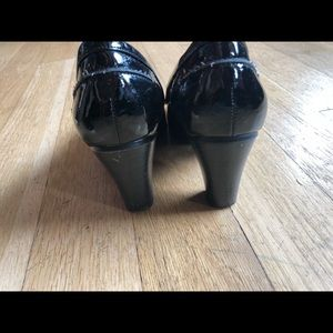 Shoes - Heeled Patent Loafers